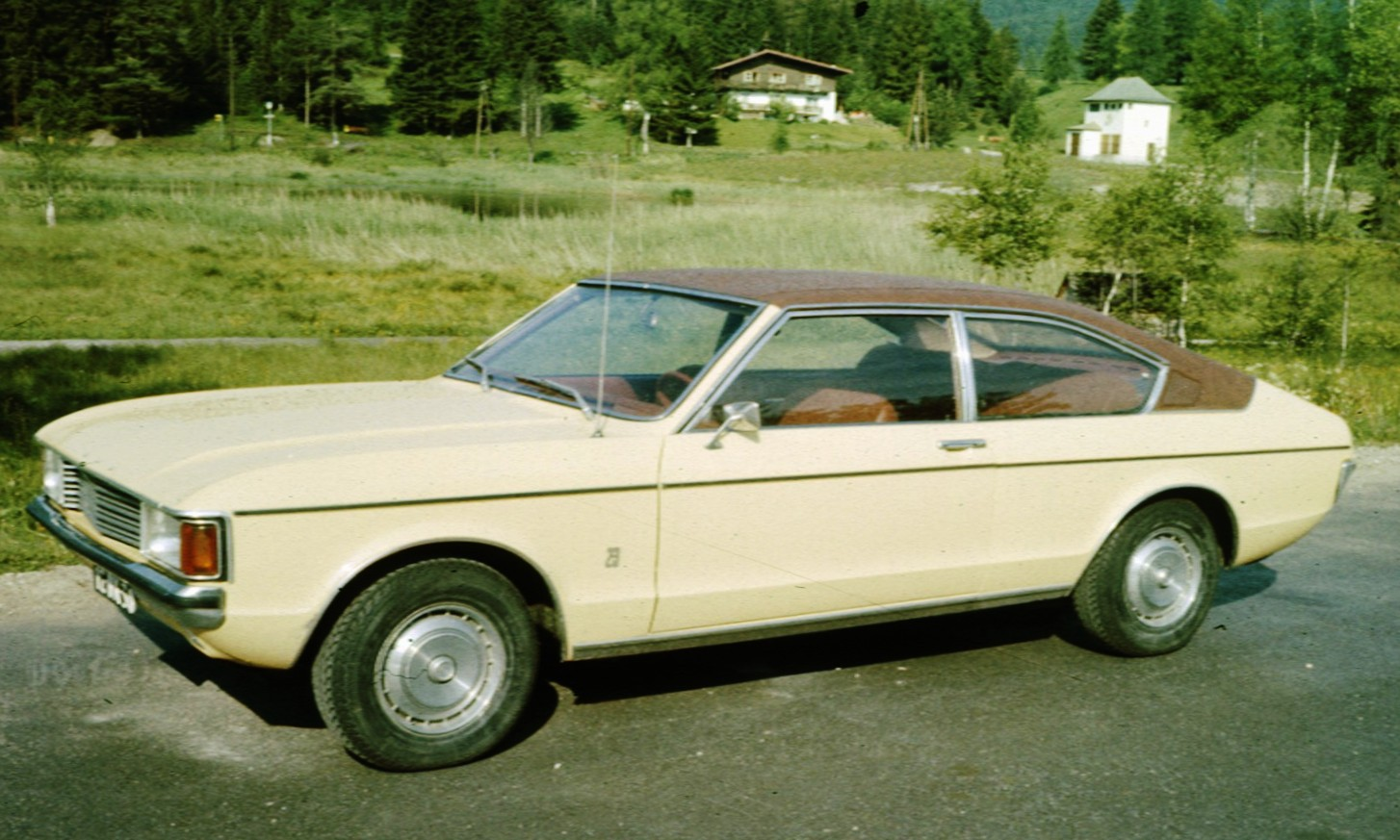 Ford Granada mark 1 coupe
