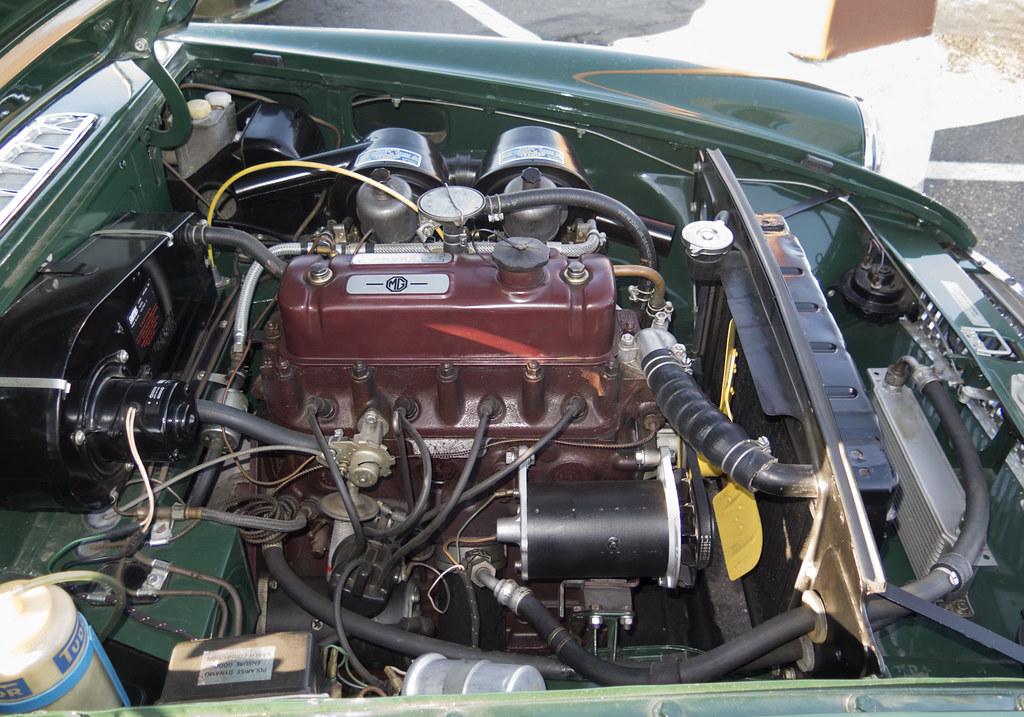 MGB GT engine