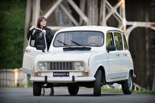 Renault 4 Bye Bye