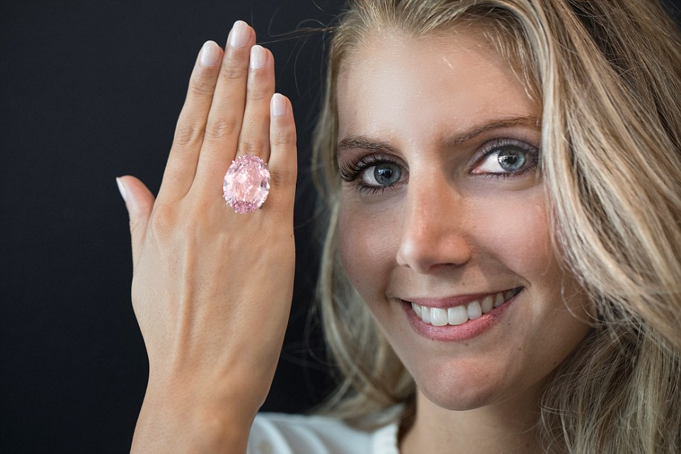 Pink Star Diamond Set For Sell For Around 163 50million