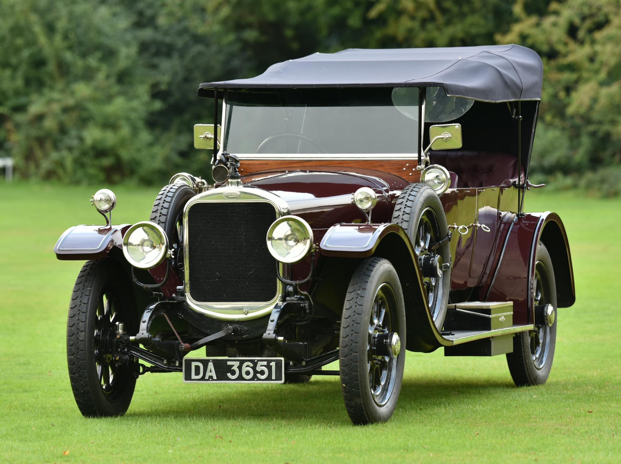 Vintage British classic car from Bogie\'s Casablanca is up for sale
