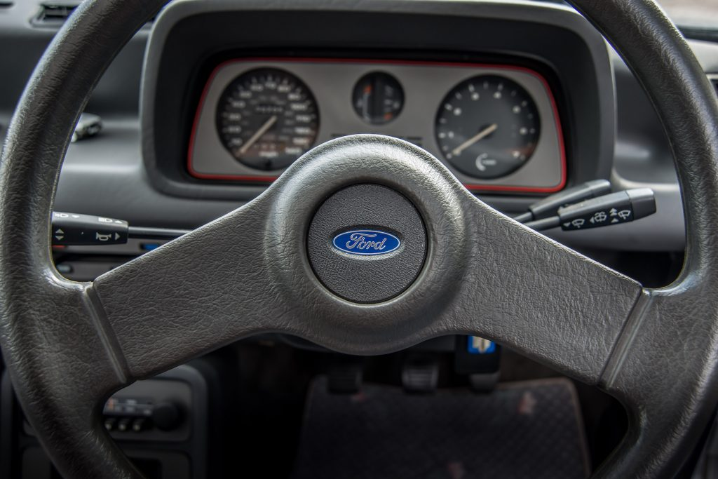 Ford Fiesta XR2 interior
