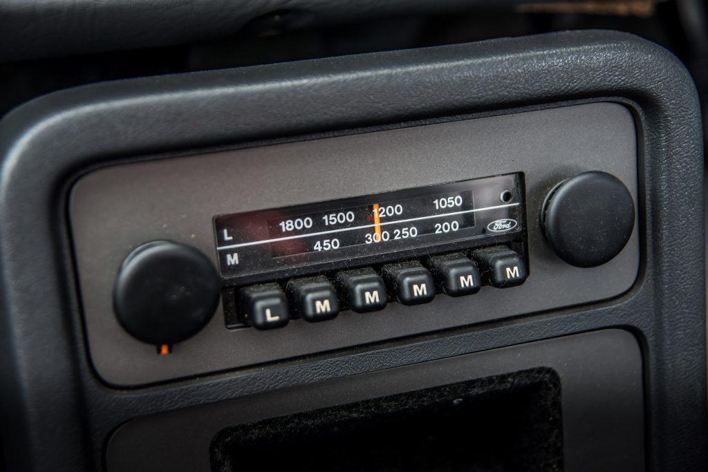 Fiesta XR2 mark 1 radio