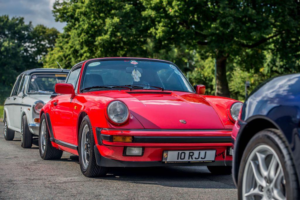 Porsche 911 Austin 1300GT
