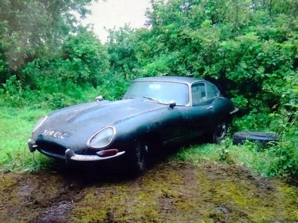 barn find Jaguar E-Type
