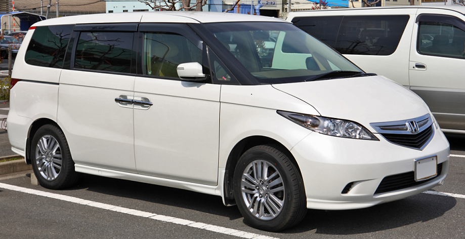 Best 7 Seater Cars >> Six Of The Best Japanese 8 Seater Cars On The Market