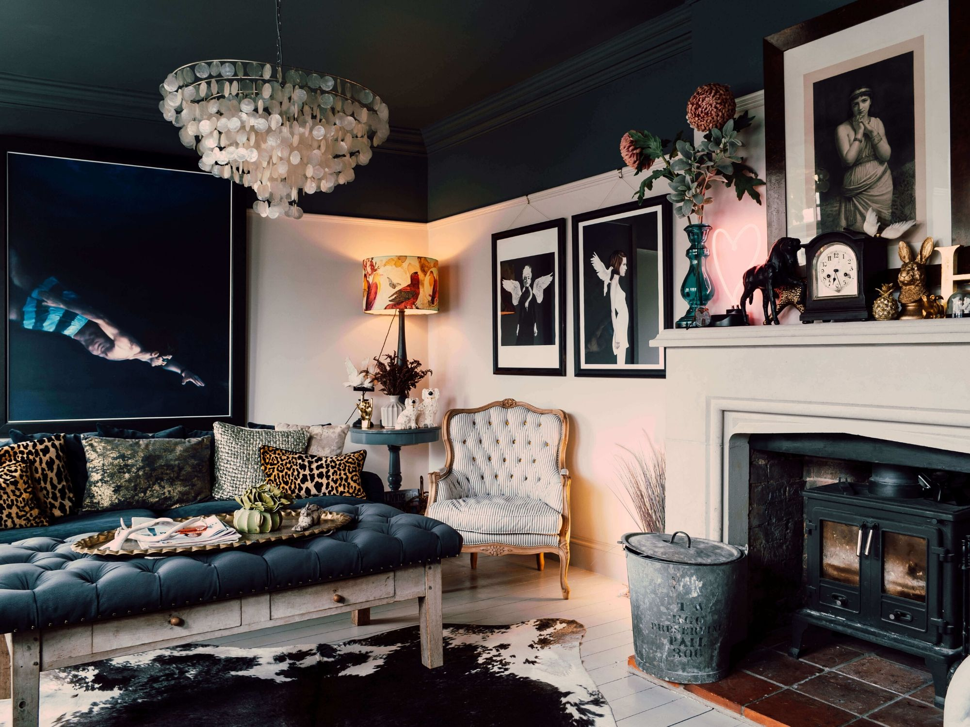 10 Ways To Inject Victorian Style Into Your Living Room
